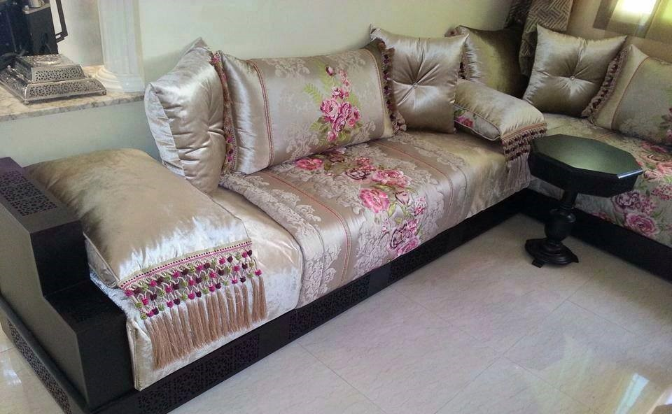 nouveaux design de coussins salon marocain 2019 d co. Black Bedroom Furniture Sets. Home Design Ideas