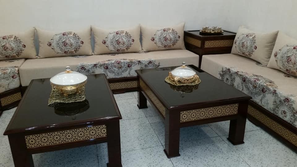 Salon marocain moderne marron et beige - Déco Salon Maroc