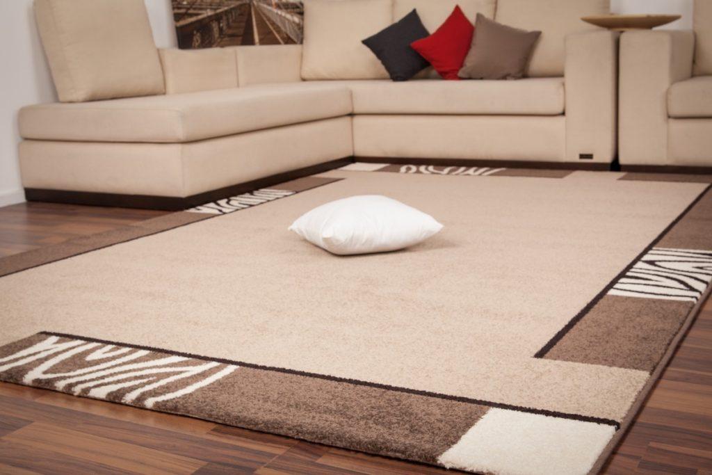 tapis salon marocain moderne d co salon maroc. Black Bedroom Furniture Sets. Home Design Ideas